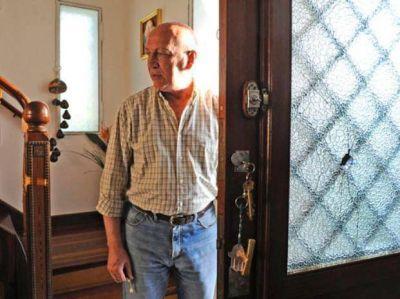 Antonio Bonfatti declarará esta semana por escrito en la causa por el ataque contra su casa