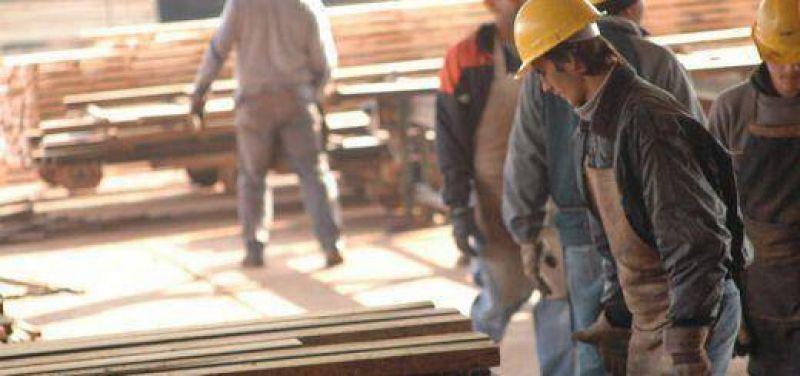 Zona Norte: trabajadores de la industria maderera en estado de alerta, piden al gobierno atención sobre la crisis del sector