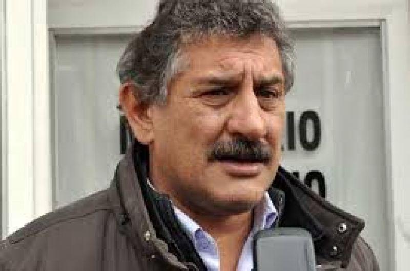"""Medina: """"Si esta noche no pagan los sueldos mañana no hay micros ni en Pinamar y ni en Madariaga"""""""