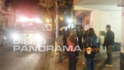 Principio de incendio generó caos en el centro de Santiago