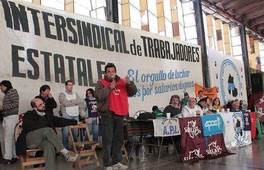 Intersindical realiza asambleas para debatir situación actual y organizar lucha
