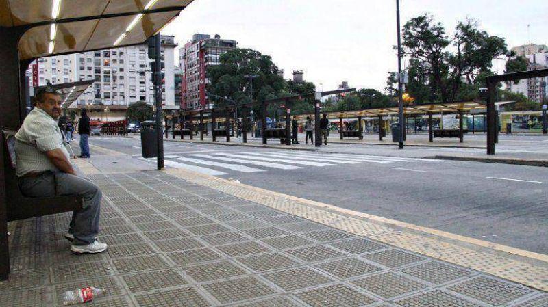 Moyano consigui� el respaldo de los gremios del transporte para un nuevo paro nacional
