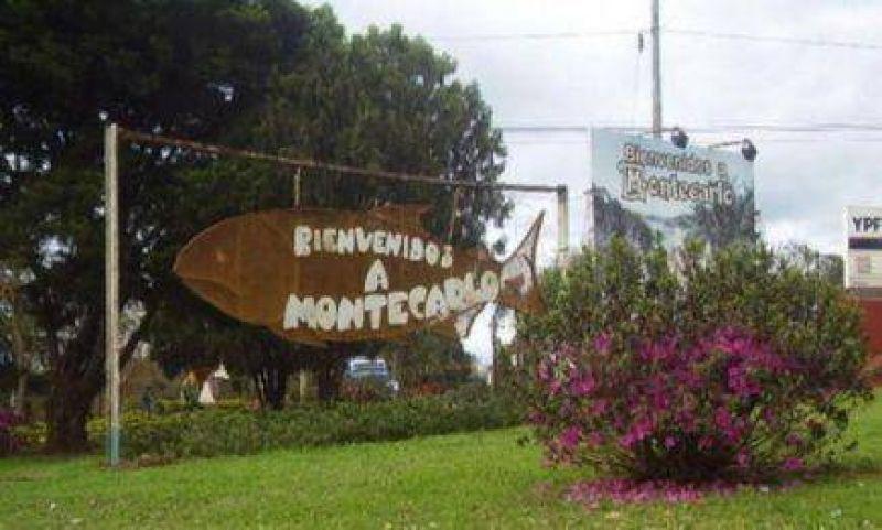 Tareferos cortan la ruta nacional 12 en el acceso a Montecarlo