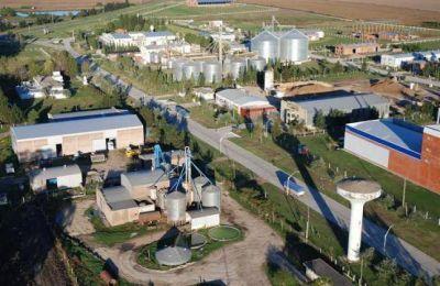 Benítez propone regular los parques industriales