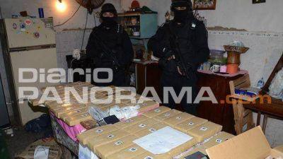 Incautan 7 kilos de cocaína y 52 ladrillos de marihuana en el barrio Reconquista