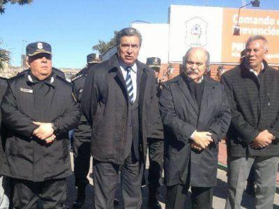 Con la presencia de Granados, Slezack inauguró el comando de prevención comunitaria