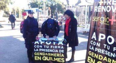 Policías firman planillas del FR en Quilmes pidiendo por Gendarmería
