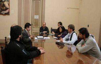 Tras reunirse con defensores oficiales, concejales harán gestiones por la creación de una alcaidía