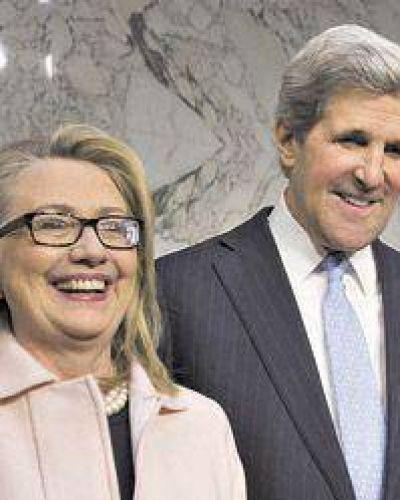 Alemania pinchó a Hillary Clinton y a John Kerry