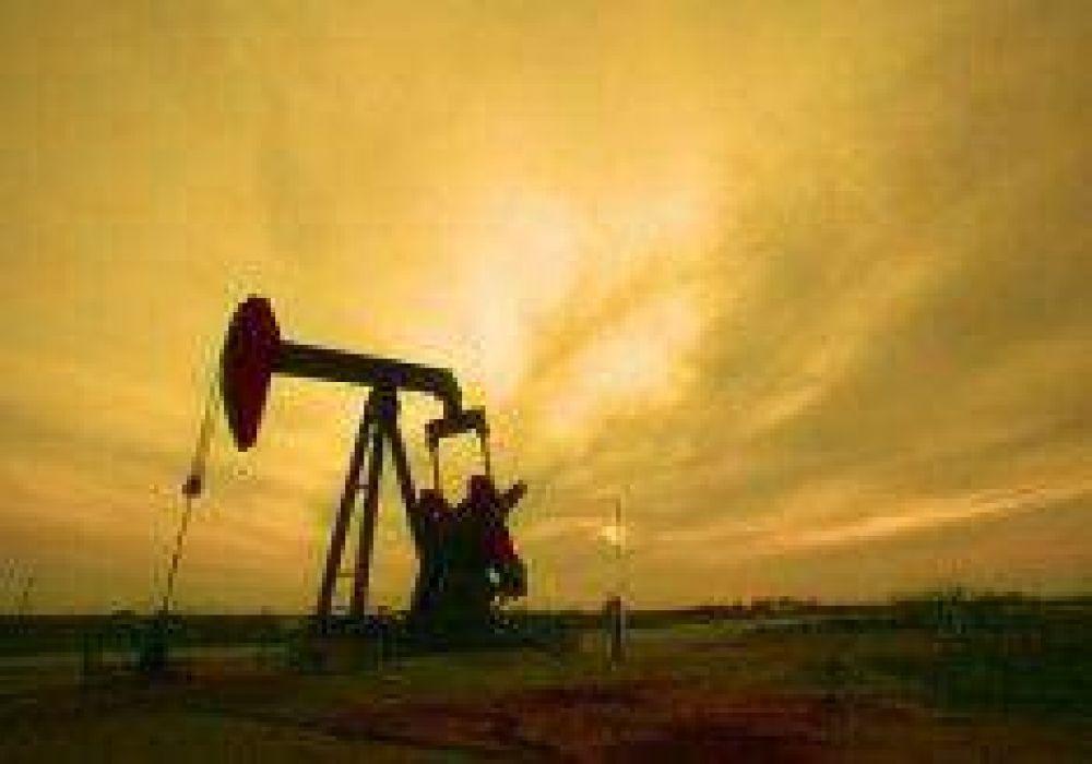 Dan 15 días de plazo para solucionar el conflicto petrolero