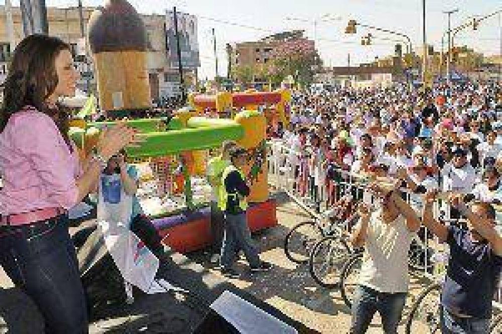Una multitud en el maratón Ramón Carrillo