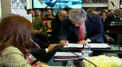 """Poggi con Cristina en el lanzamiento del plan """"Vivir más Cerca"""""""