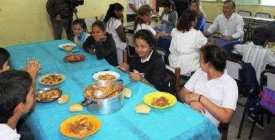 Comedores escolares: el Centro Mandela asegura que las raciones son insuficientes