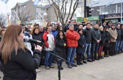Melella encabezó los actos de homenaje al Libertador San Martín