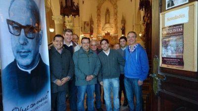 Sentido homenaje al Padre Vaccaro en General Pirán