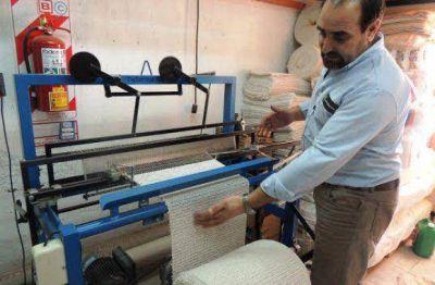 El Gobierno Provincial fomenta a emprendedores locales dedicados a la industria textil
