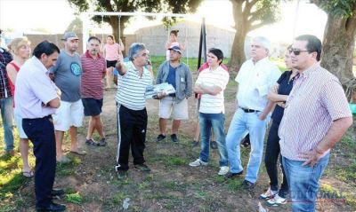 Pirayuí: vecinos y concejales reclamarán en la Justicia por la plaza y los okupas