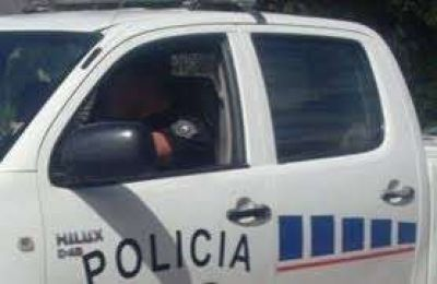Moto colisionó con un auto en Santa Fe y Perón