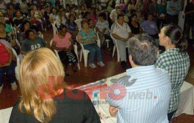 Fuerte respaldo a la fórmula del Frente Cívico en visitas barriales