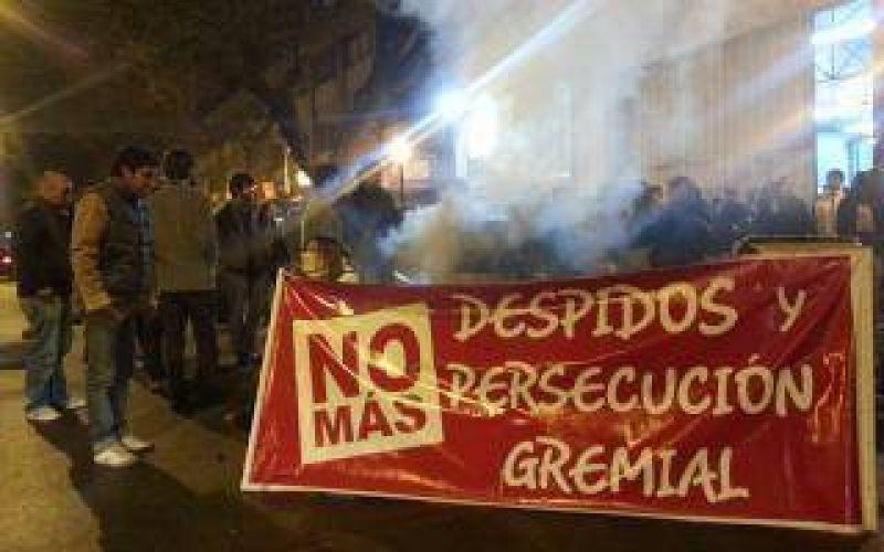 Prensazo: Periodistas precarizados y explotados de la Provincia marchan en La Plata