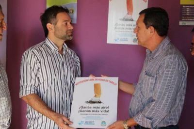 """El boliche """"Macarena"""" declarado ambiente sin tabaco"""