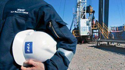 Para atraer a las provincias con la nueva ley petrolera, se vuelve a pensar en el canon por renegociaciones