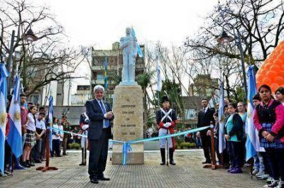Luis Andreotti inauguró la Nueva Plaza General Don José de San Martín