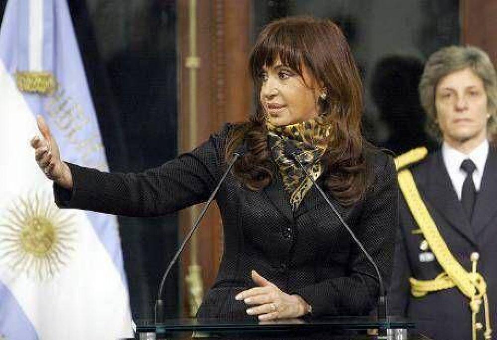 Cristina confirmó a Carlos Fernández y dio consejos sobre la Gripe A