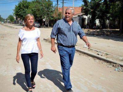 Inauguran la pavimentación de avenida Las Heras