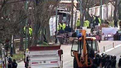 Desalojan un predio usurpado hace 6 meses en Villa Lugano
