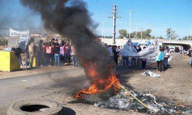 Confirman bloqueo al Parque Industrial y corte en la autovía