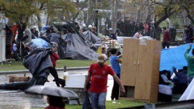 Barrio Papa Francisco: decenas de familias desalojadas aguardan una solución habitacional