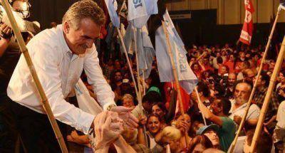 Agust�n Rossi encabez� importante acto en Rosario