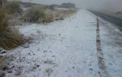 Por nieve, cortaron el camino a las Altas Cumbres