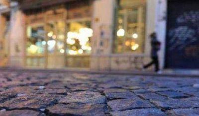 Palermo: Ordenan al gobierno porte�o reponer adoquines