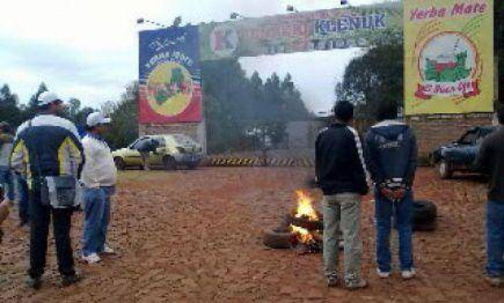 San Vicente: Trabajadores bloquearon acceso al secado Kleñuk