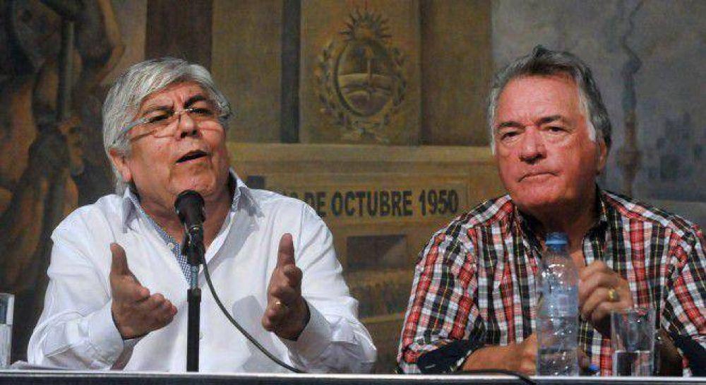 Moyano y Barrionuevo suman al paro del jueves a gremios de aeronáuticos, alimentación y docentes