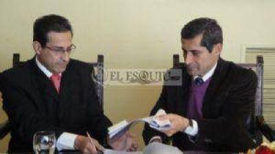 """El ministro Aredes dijo que va a ser """"largo y complicado"""" lo que resta del año"""