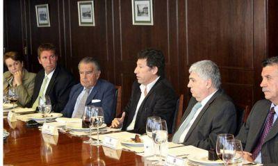 Posse participó de un encuentro en la Cámara Argentina de Comercio