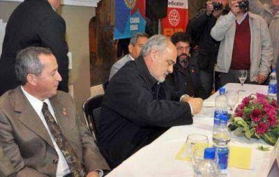 Ricardo promete gas en Curuzú para el año que viene