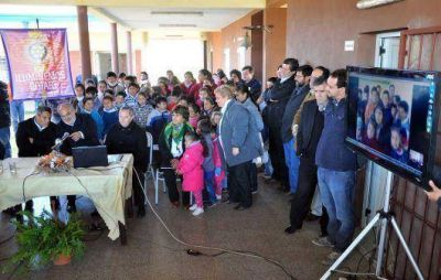 Internet para escuelas rurales de Curuzú Cuatiá