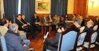 El Plan Más Cerca avanza en todos los municipios generando empleo en el interior