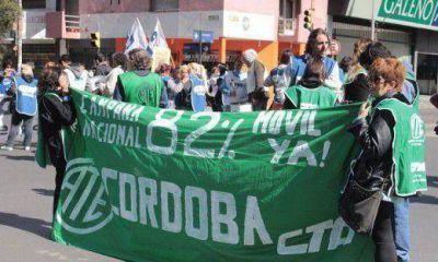 Con transporte urbano, marchas y piquetes, paran hoy los gremios opositores