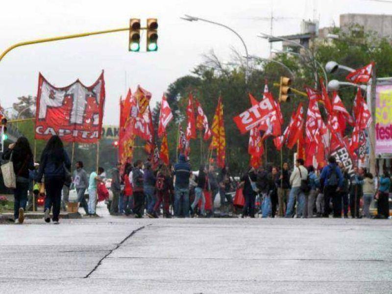 La izquierda cortará el cruce de Vicente Zapata y San Martín en el arranque del paro nacional