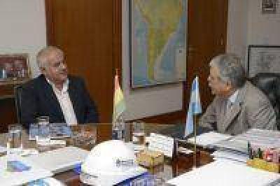 Argentina y Bolivia analizaron acuerdo para intercambio compensado de energía eléctrica