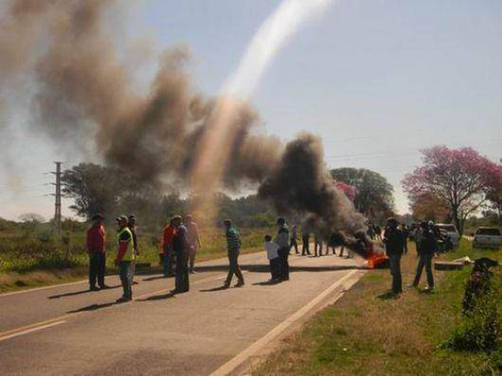 Goya: tabacaleros cortaron la Ruta Nacional 12