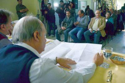 """Cuatro empresas para ejecutar la segunda etapa de las """"1.000 Cuadras"""""""