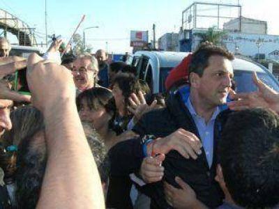 Sergio Massa acompañó a los candidatos viables en la caravana