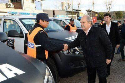 Provincia entregó nuevos patrulleros en San Isidro y puso en marcha un Comando de Prevención Comunitaria