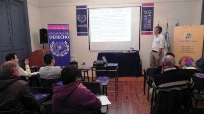 Comenzó Seminario sobre Cooperativismo en la Facultad de Derecho